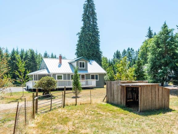 farmhouse in Boring Oregon