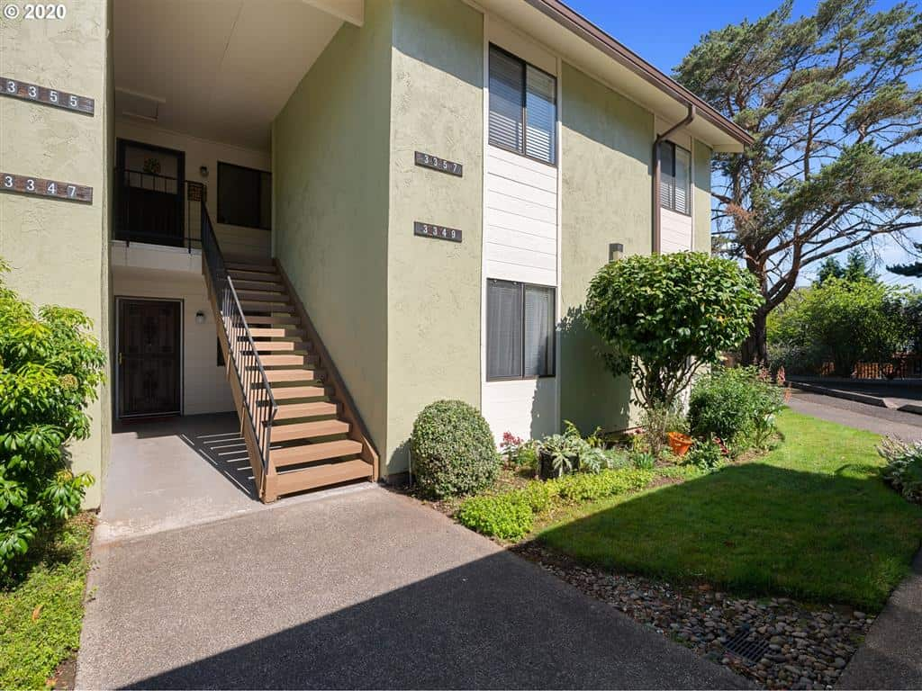 3 bedroom Condo for sale in northeast Portland